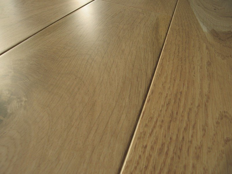 Strata Twenty Premium Brushed Oak 190